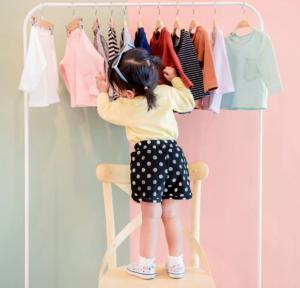 Πώς να ντύσετε ένα νεογέννητο